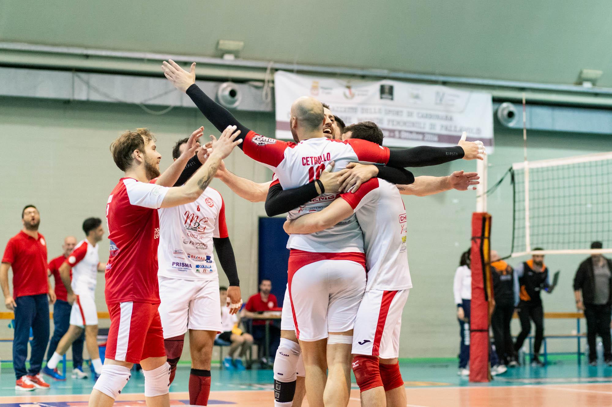 La M2G Group Bari conquista gara 1: al PalaCarbonara è vittoria per 3-0 contro la Fenice Pallavolo Roma